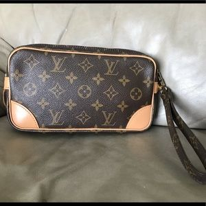 🥰Louis Vuitton Wristlet Clutch 🌺🌺🌺🌺🌺🌺😀😀
